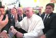Le pape François, en visite au Mexique, s'emporte, mardi 16 février, contre un fidèle trop enthousiaste.