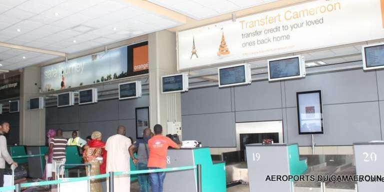 L'aéroport de Douala situé dans la région littoral-Cameroun, à 5km du centre ville de Douala
