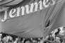 «Derrière ce refus de féminisation du lexique, on devine les relents d'une représentation genrée des professions qui perdure en dépit d'évolutions bien réelles» (Photo: femmes brandissant des banderoles du MLF lors d'une manifestation durant la Journée internationale de la femme, le 8 mars 1982, à Paris).