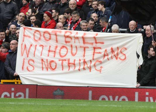 Une banderole de protestation contre les prix des billets, le 9 février, lors d'un match à Upton Park.