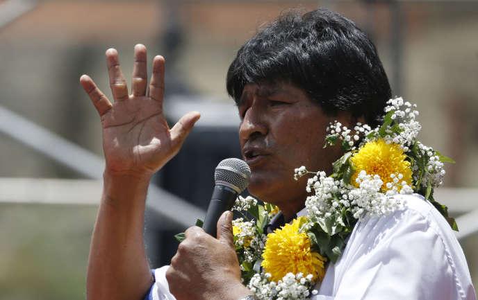 Le président bolivien, Evo Morales, en campagne à El Alto, le 17 février.