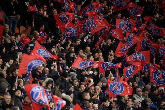 Des supporteurs du Paris Saint-Germain, le 16 février.