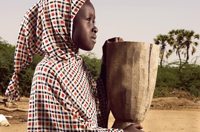 Mariama Morou en classe de CE2,  village de Kosseye, près deNiamey, Niger.