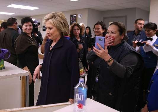 A Las Vegas où vivent les trois quarts des habitants du Nevada, Hillary Clinton a fait campagne auprès des femmes de ménage travaillant dans les hôtels.