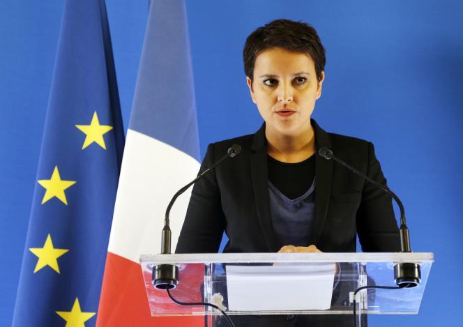 La ministre de l'éducation nationale, Najat Vallaud-Belkacem, a convoqué en urgence une conférence de presse sur cette affaire vendredi 19 février.