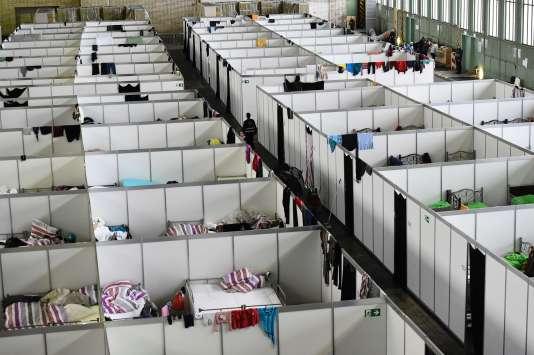L'aéroport de Tempelhof, à Berlin, a été réaménagé pour recevoir des réfugiés, le 9 décembre 2015.