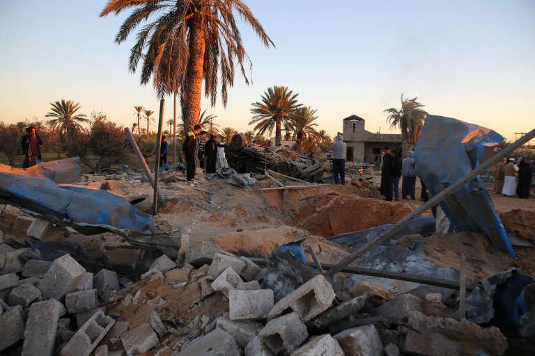 Sabratha (Libye), le 19 février. Après la frappe aérienne américaine contre un camp d'entraînement de l'organisation Etat islamique.