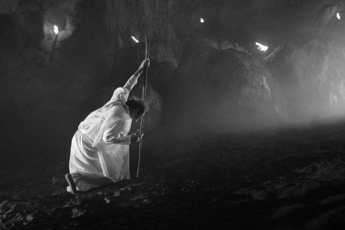 Une scène du film philippin de Lav Diaz, « Hele sa Hiwagang Hapis ».