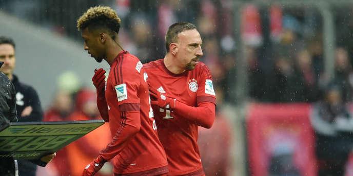 Fanck Ribéry remplace Kingsley Coman pour son retour à la compétition après plusieurs blessures.