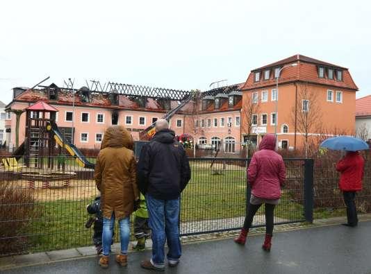 Le foyer de réfugiés, à Bautzen près de Dresde, en Allemagne, au lendemain d'une attaque, le 21 février 2016.