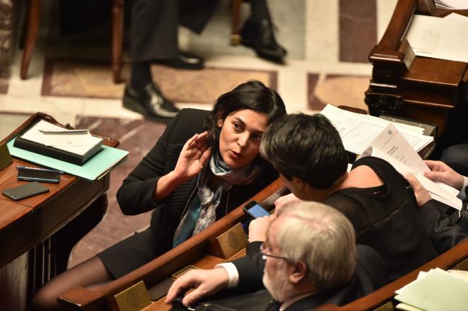 La ministre du travail, Myriam El Khomri, lors d'une session de questions au gouvernement à l'Assemblée nationale, le 16 février.