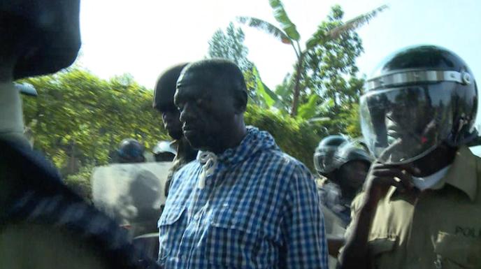 Kizza Besigye a été interpellé alors qu'il avait appelé ses partisans à une marche vers le siège de la commission électorale.