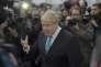 Boris Johnson, maire de Londres, s'adresse aux médias, devant son domicile à Londres, le 21 février.