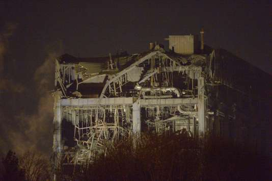 Didcot Power Station, une centrale thermique désaffectée située dans le sud de l'Angleterre s'est effondrée mardi 23 février.