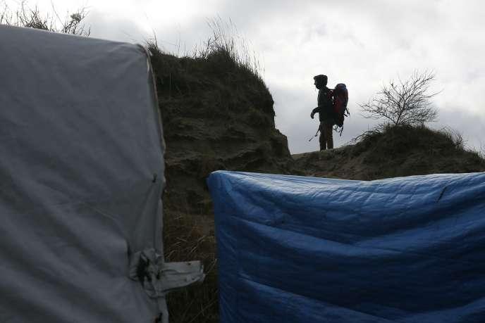 En l'espace de quinze jours, la police judiciaire de Lille a identifié et interpellé deux équipes distinctes qui se livraient régulièrement à des agressions de migrants.