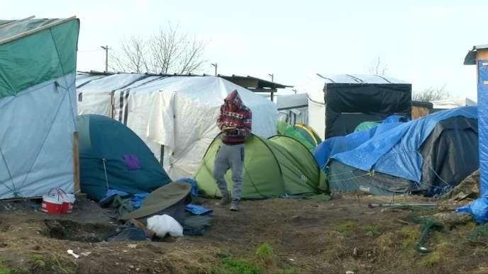 Un migrant dans la « jungle» de Calais.