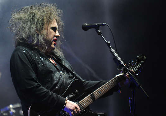 Robert Smith du groupe The Cure à Asuncion au Paraguay en avril 2013.