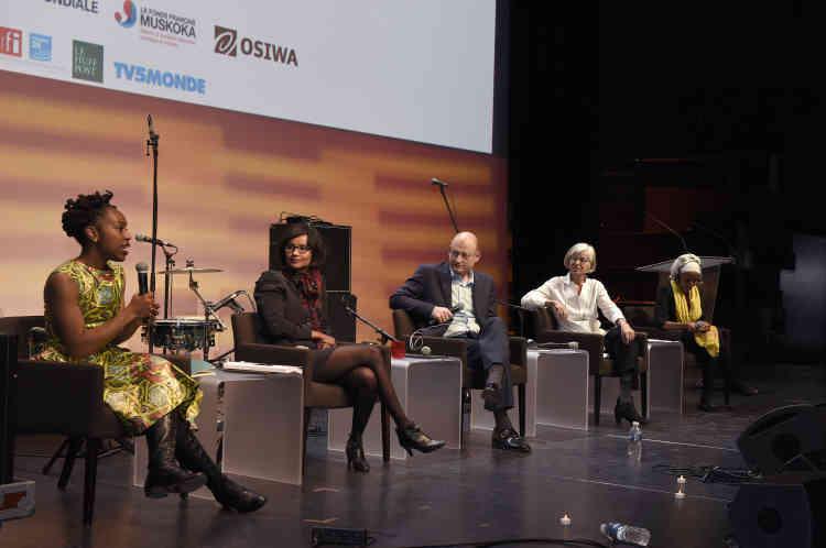 Table ronde «Le rôle des femmes dans l'essor économique ducontinent», avec Caren Grown, directrice genre à la Banque mondiale, Safia Otokoré, chargée des relations extérieures genre de l'AFD, Bruktawit Tigabu, entrepreneure sociale et lauréate du prix Rolex à l'esprit d'entreprise, et Ebele Okobi, directrice des politiques publiques de Facebook Afrique.
