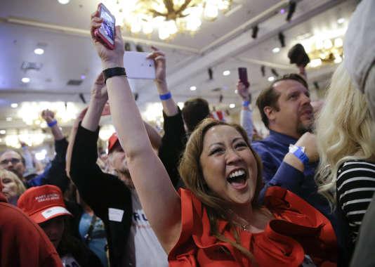 Scène de liesse au Treasure Island, chez les partisans de Donald Trump, à l'annonce de la large victoire de ce dernier au caucus du Nevada, le 23 février.