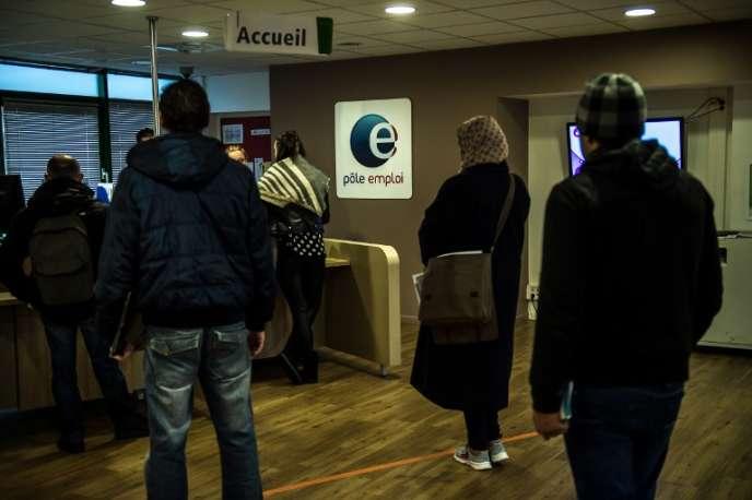 Au Pôle emploi, à Lille, le 16décembre2015.
