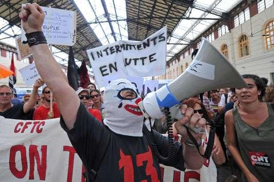 Une manifestation d'intermittents du spectacle à Marseille en juin 2014.