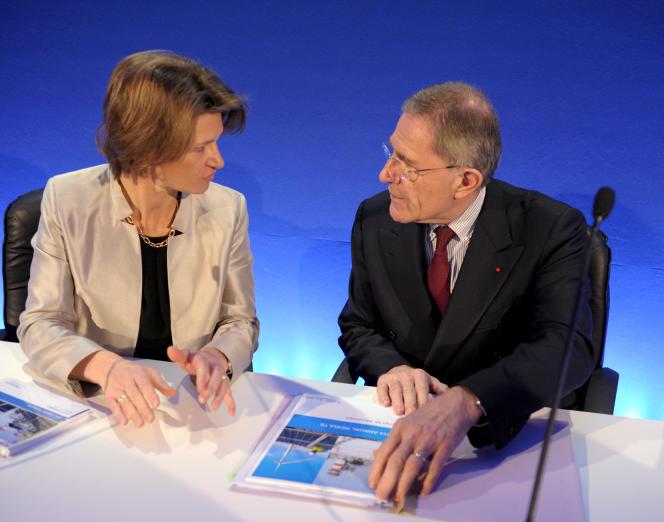 Isabelle Kocher, qui sera officiellement nommée directrice générale du groupe début mai, et Gérard Mestrallet, PDG, en février 2015.