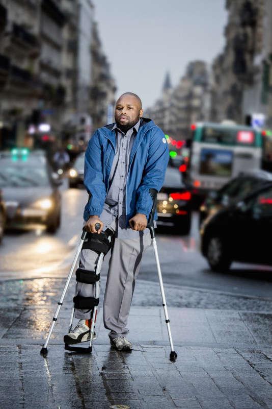 Chris Dalton dans les rue de Paris.