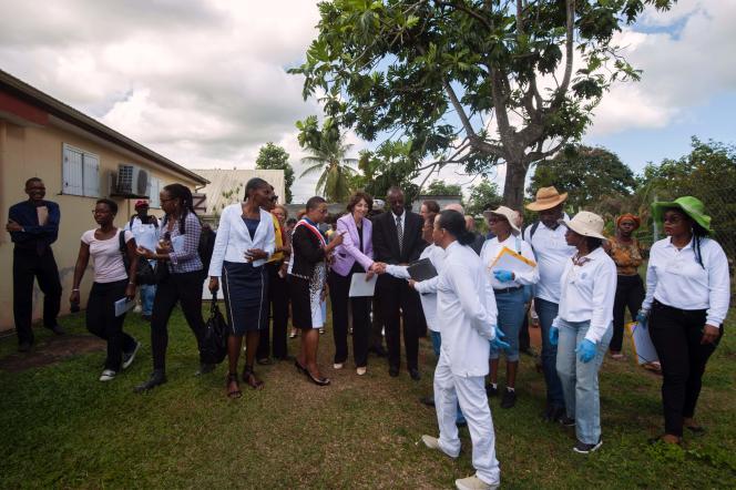 La ministre de la santé, Marisol Touraine, à Baie-Mahault, en Guadeloupe, le 25 février 2016.