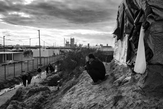 """Dans la """"jungle"""" de Calais, en février 2016."""