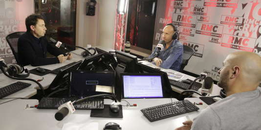 """Le journaliste Daniel Riolo et Gilbert Brisbois, l'animateur en chef de l'émission """"Afterfoot"""", sur RMC."""