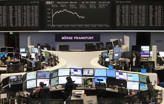 A la Bourse de Francfort (ouest de l'Allemagne), vendredi 26 février.