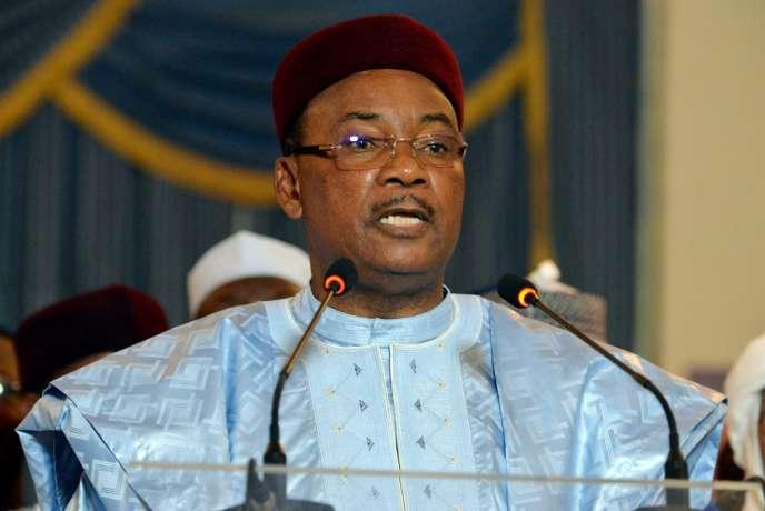 Le président Mahamadou Issoufou délivre un discours au palais présidentiel, à Niamey, février 2016.