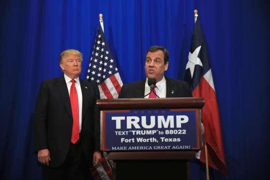 Chris Christie, lors d'un meeting de soutien à Donald Trump, au Texas, le 26février.