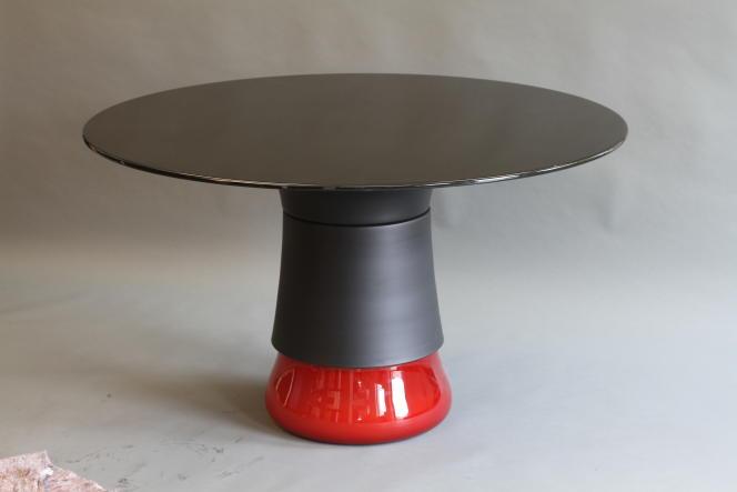 Table Bulb en verre soufflé de Bohême et aluminium anodisé pour la galerie Ralph Pucci, 2011.