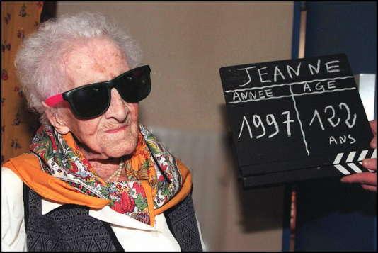 La Française Jeanne Calment reste, depuis son décès en 1997, la personne ayant vécu le plus longtemps de l'histoire (plus de 122 ans).