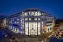 Sur cinq étages, l'immeuble de style Art déco s'étend sur une surface de 31500 mètres carrés.