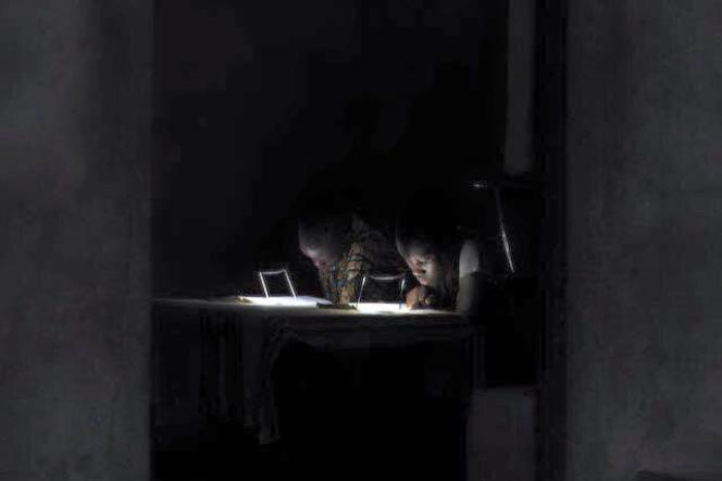 Au Bénin, 75 % des ménages vivent dans des zones n'ayant pas accès à l'énergie électrique.