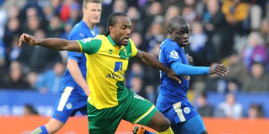 N'Golo Kanté brille de mille feux sous les couleurs de Leicester, en tête de la Premier League.