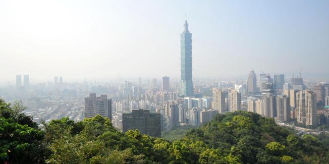Donald Trump a laissé entendre qu'il pourrait discuter directement avec Taipei, rompant avec l'usage diplomatique en vigueur depuis 1979.