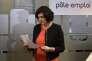 La ministre du travail Myriam El Khomri le 24 février, à Saint-Ouen.
