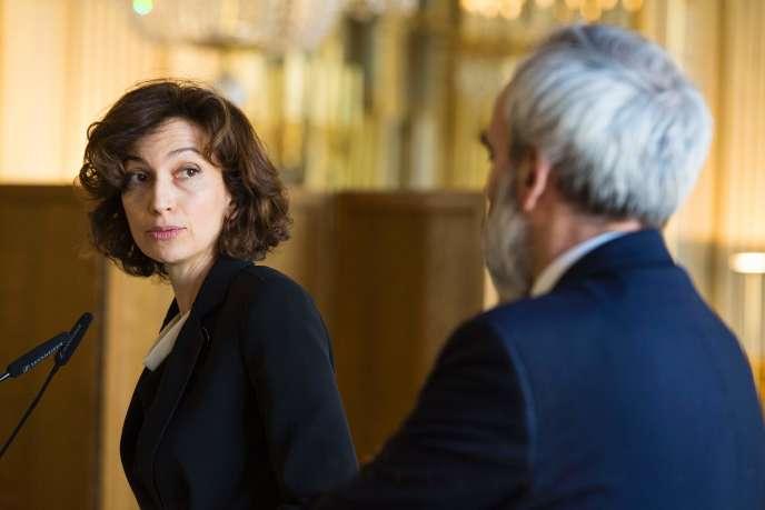 La ministre de la culture Audrey Azoulay reçoit, lundi 29 février, le rapport commandé par Fleur Pellerin à Jean-François Mary, président de la commission de classification des œuvres cinématographiques.