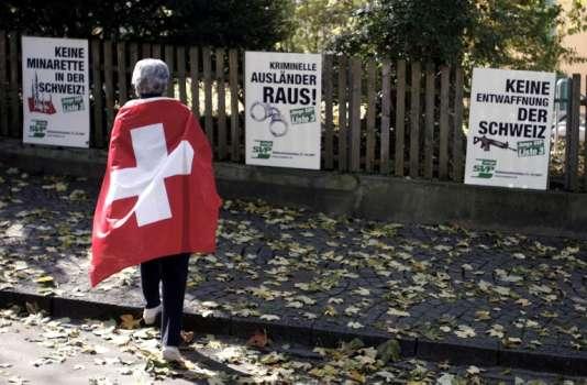 Une manifestation du parti de droite Swiss People's party et de l'Union démocratique du centre à Bern en 2007.