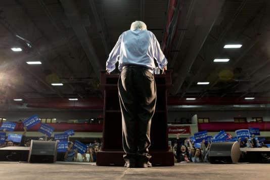 Le candidat à l'investiture démocrate, Bernie Sanders, en meeting à Milton (Massachusetts), le 29 février.