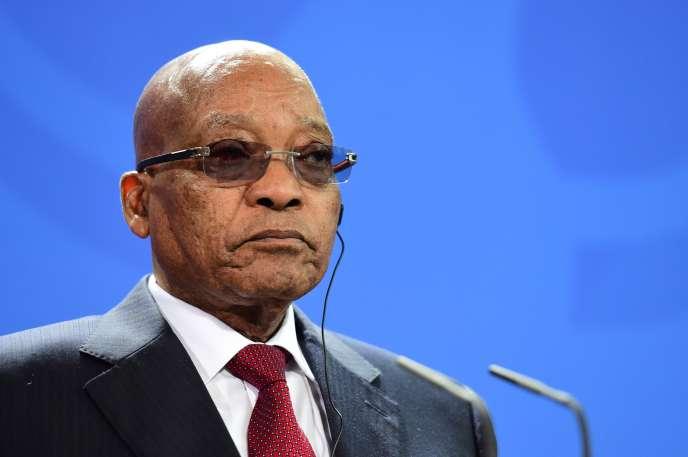 Le président sud-africain Jacob Zuma, le 10 novembre 2015 lors d'une conférence de presse à Berlin, en Allemagne.