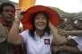 Keiko Fujimori, candidate aux élections présidentielles péruviennes du 10 avril, fille aînée de l'ancien président Alberto Fujimori et première dame du Pérou de 1994 à 2000, fait campagne dans un quartier pauvre de la capitale Lima, le lundi 29 février.