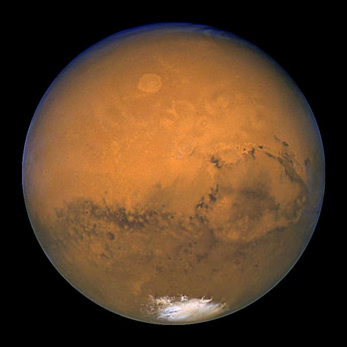 Après un an de confinement, Cyprien Verseux explique qu'il serait prêt à partir sur Mars, «dans le but d'y rechercher de la vie ou de préparer des missions avec retour».