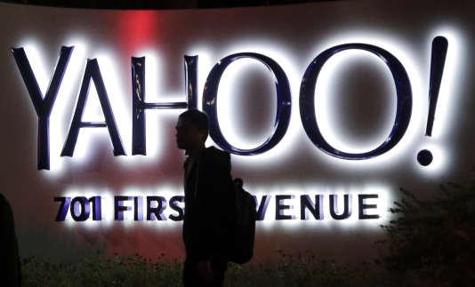 La patronne de Yahoo!, Marissa Mayer, qui tente depuis trois ans sans succès de relancer l'entreprise, a joué son va-tout avec l'annonce, début février, d'un plan de restructuration.