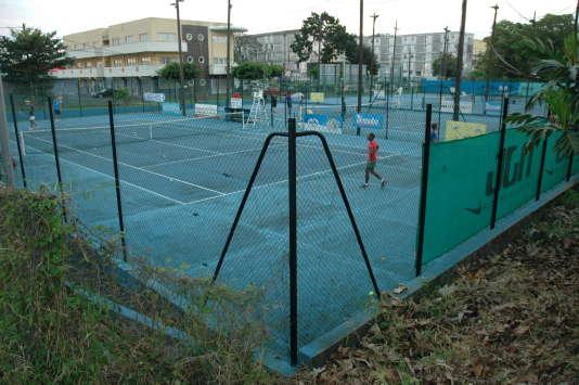 Au tennis club Dugazon, aux Abymes, en février.