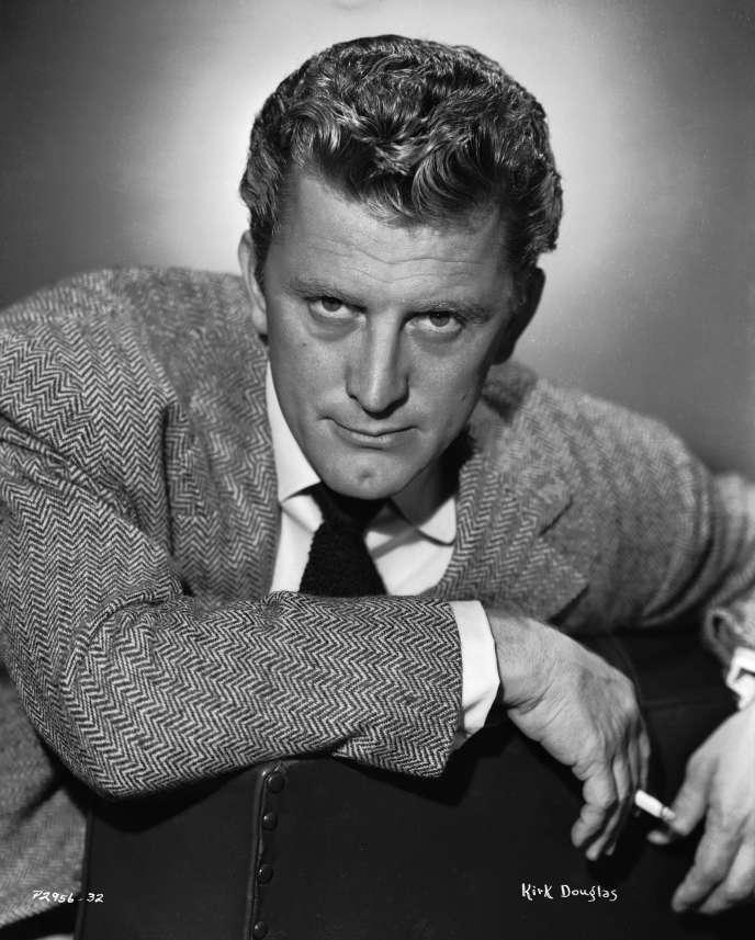 Kirk Douglas, nel 1946.