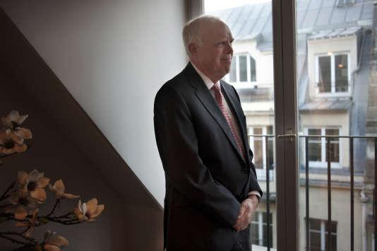 John L. Hennessy, 10ème président de l'université de Stanford lors de sa visite à Paris le 2 mars 2016.